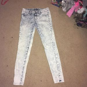 Mossimo Supply Co. Jeans - Bleached jeans